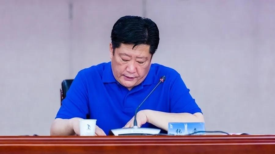 东龙集团副总经理